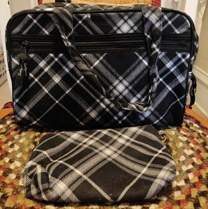 Thirty One Make Up Travel Pouch